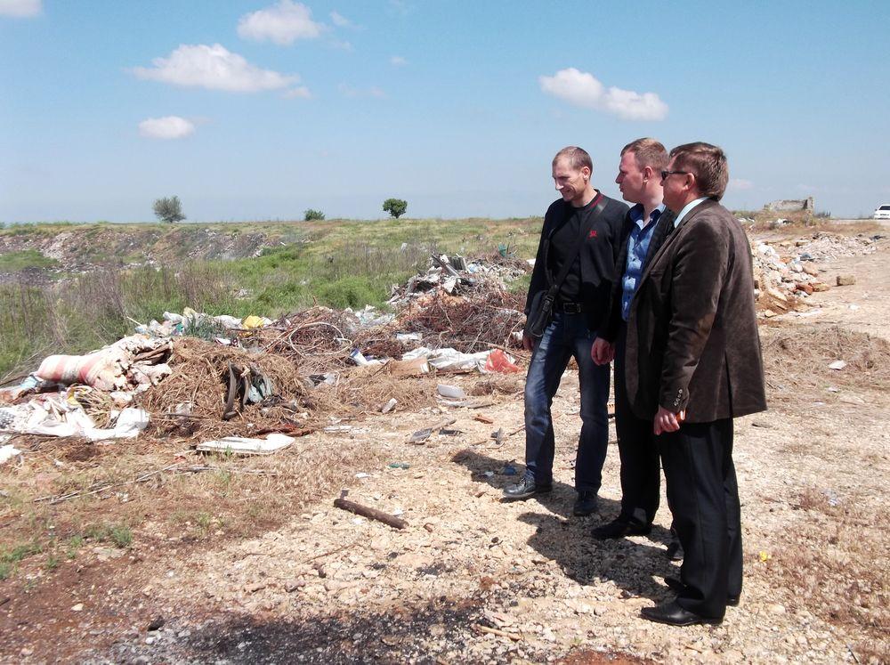 Рейд по выявлению несанкционированных скоплений мусора на те.